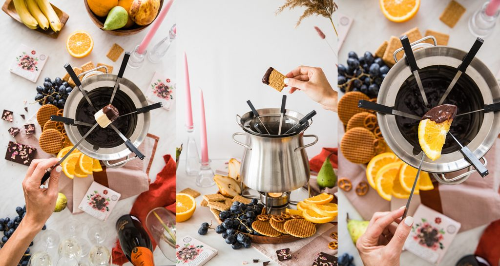 Chocolate fondue with roses