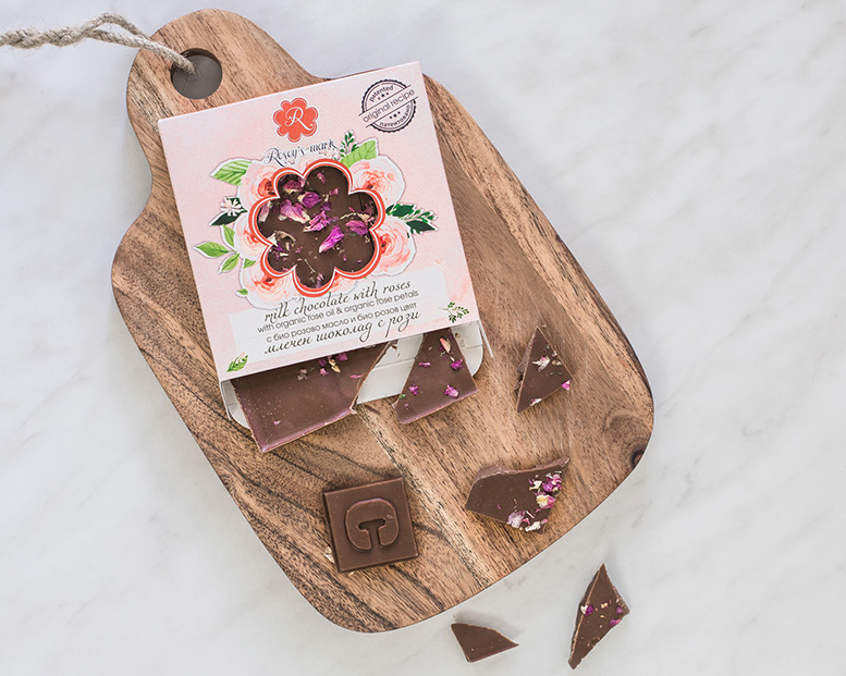 Milk chocolate and roses
