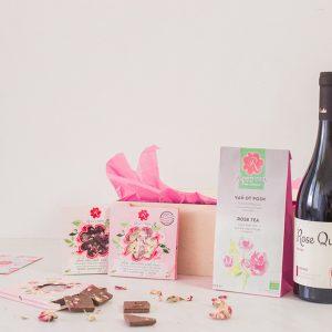Подаръчен комплект 'Наслада с рози'