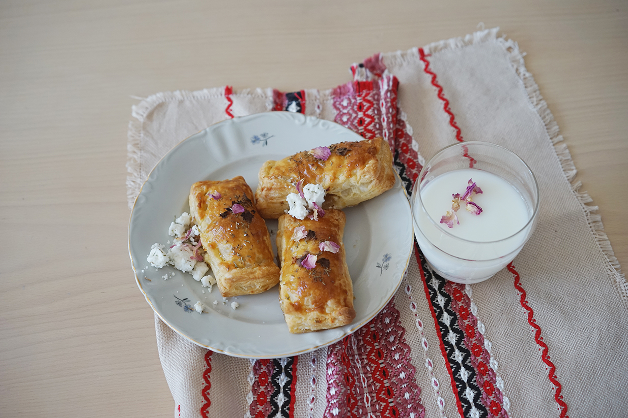 Bulgarian banitsa with goat cheese, rosemary and roses