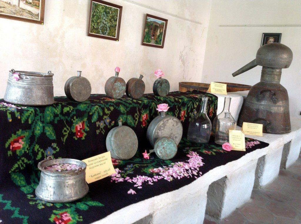 festival-of-roses-bulgaria-2015-history-of-rose-destilation