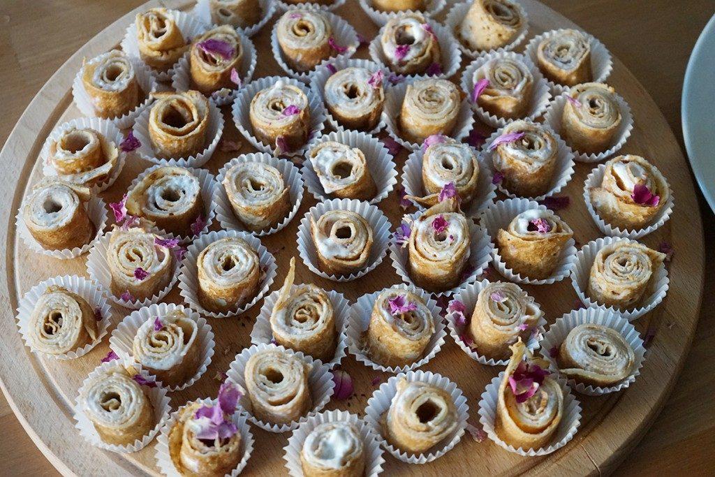 roseys-mark-at-cokitchen-tasting-pancakes