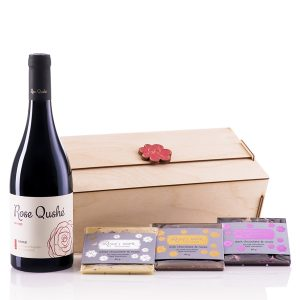 Roseys mark gift box roses, chocolate and wine