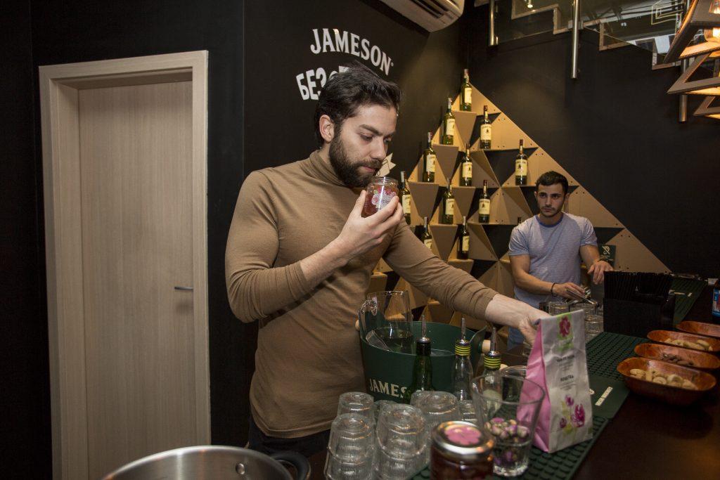 RoseysMark winter cocktails with Aleksander Staikov